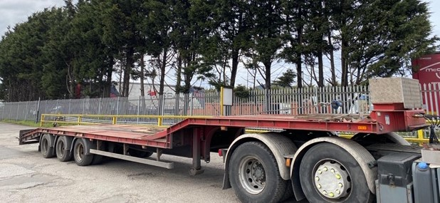 Clugston Low Loader 2006